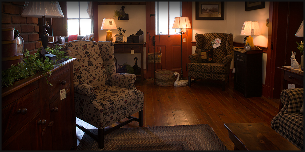 Furniture Rugs, Town And Country Primitive Upholstered Furniture